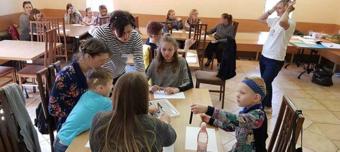 Mokymai kurčių ir neprigirdinčių vaikų šeimoms